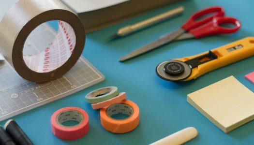 Plakken als alternatief voor boren en spijkeren