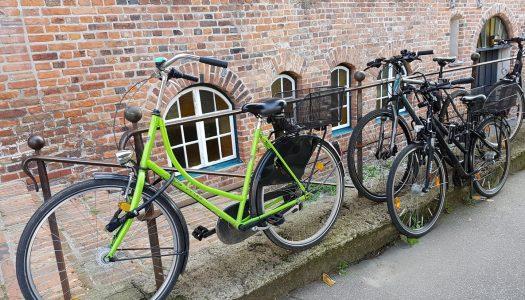 Hoe parkeert u de fiets?